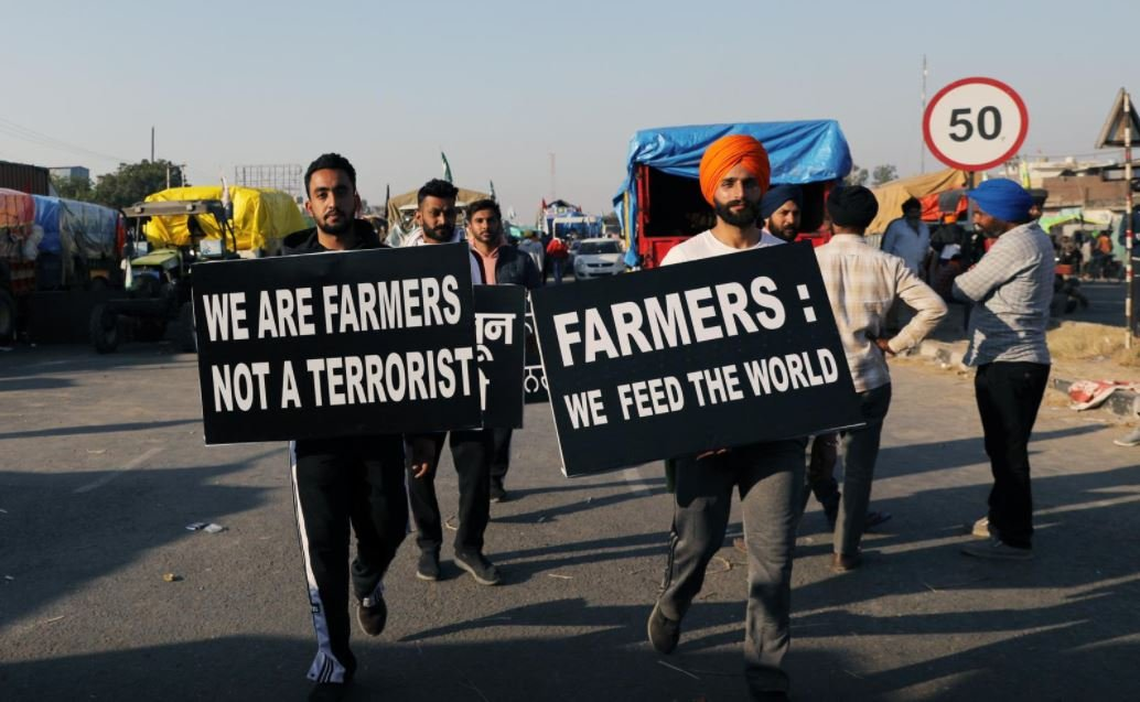 Farmers snub India govt offer, vow to step up protests