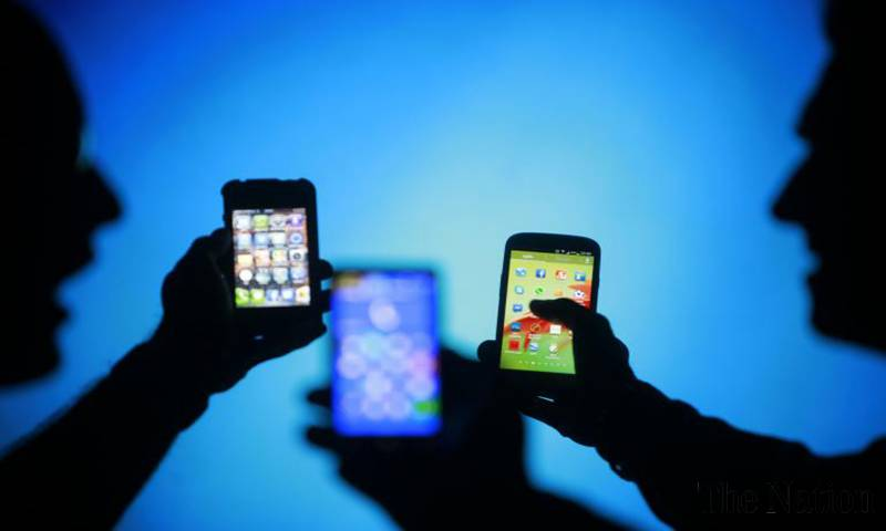 Duty collection on mobile device import doubles to Rs54bn